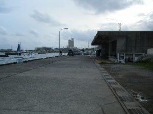 乙浜港 駐車場