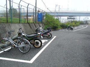 浮島つり園 駐輪場