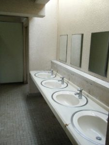 若洲海浜公園 トイレ02