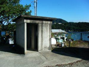 木負堤防 トイレ02