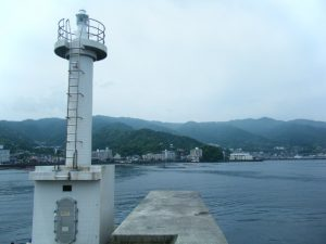 網代港 白灯台
