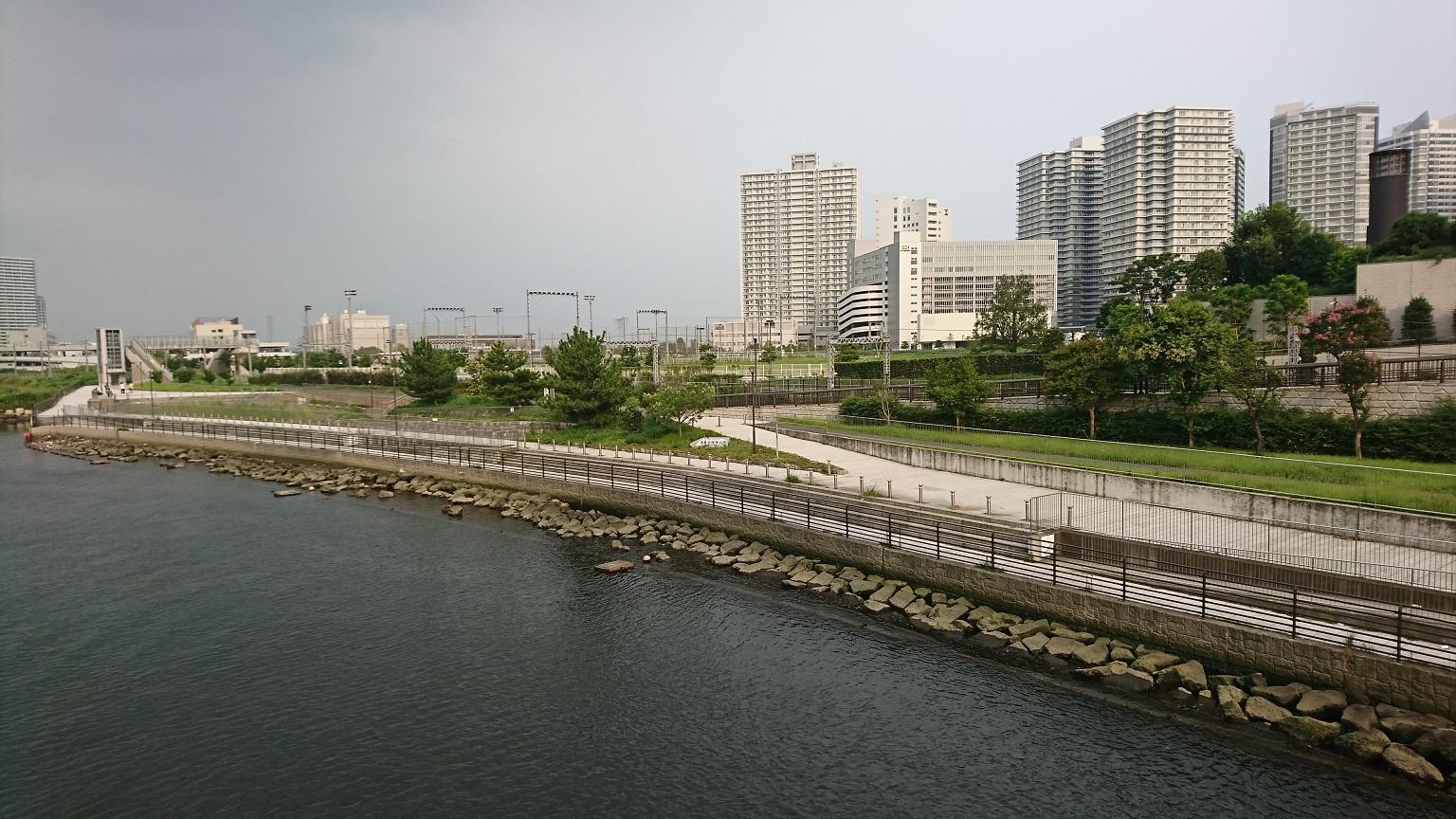 高島水際線公園 全景