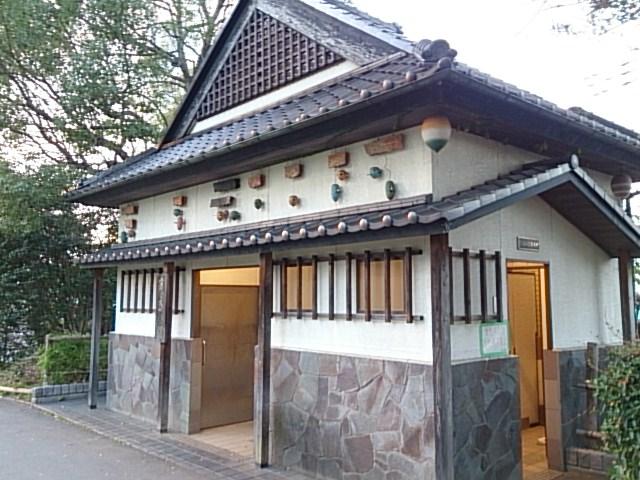 横十間川親水公園 仙台堀川公園トイレ01