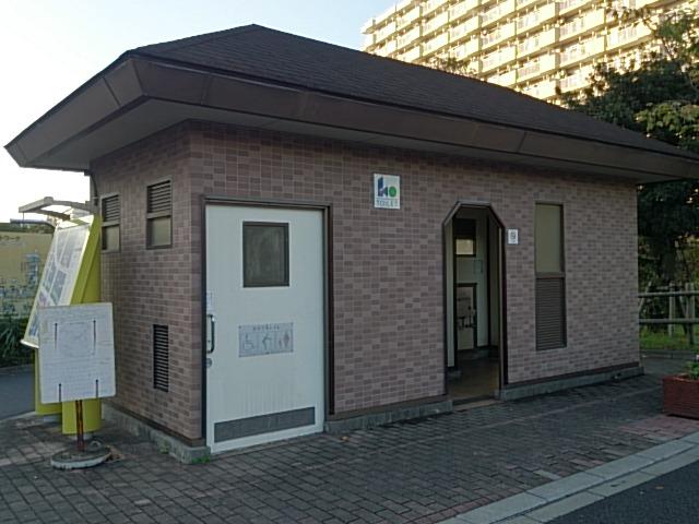 横十間川親水公園 仙台堀川公園トイレ03
