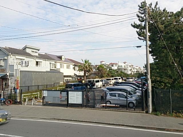茅ヶ崎ヘッドランド 駐車場03