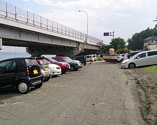梅沢海岸 駐車場01