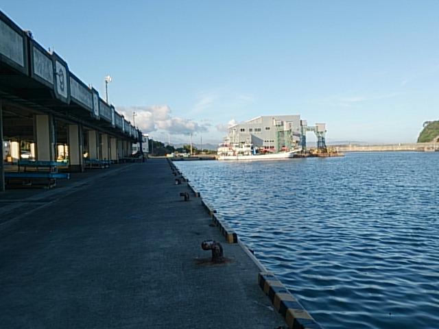 鴨川漁港04