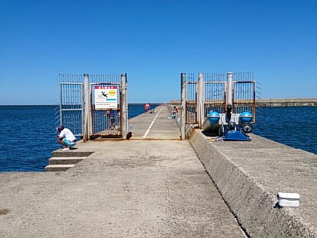 東港第2東防波堤 入口ゲート