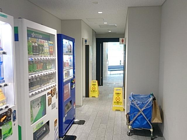 大島 岡田港 トイレ02