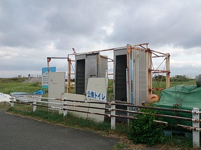 平塚新港トイレ