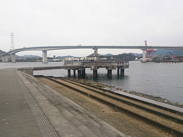 さか・なぎさ公園 海田大橋が見える場所