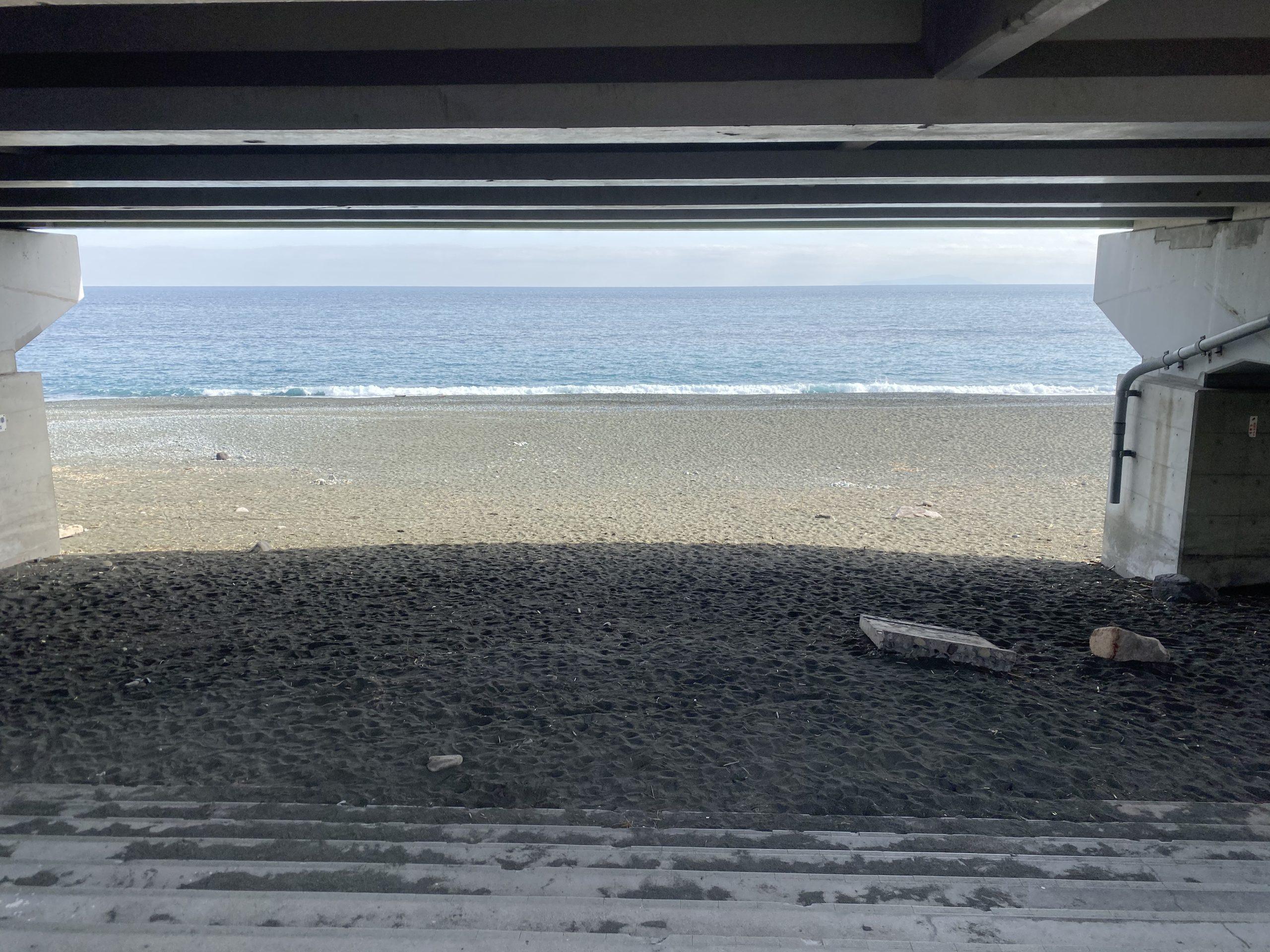 御幸の浜突堤05