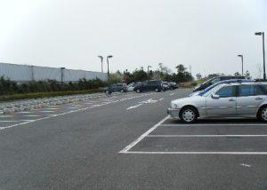 東扇島西公園 駐車場02