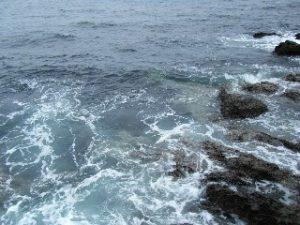番場浦 海面