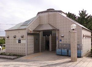 片瀬漁港 トイレ