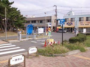 片瀬漁港 駐車場02