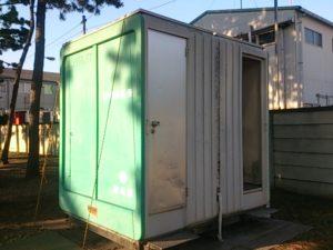猫実川河口 トイレ02