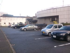 ハトヤ裏 駐車場