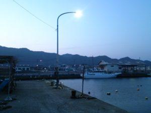 千田港 常夜灯