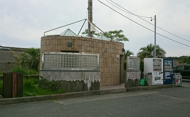 浜名湖 新居海釣公園トイレ