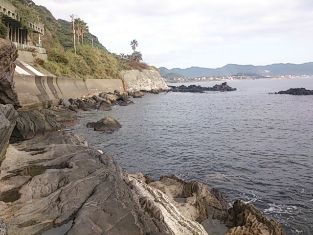 明鐘岬 左の磯