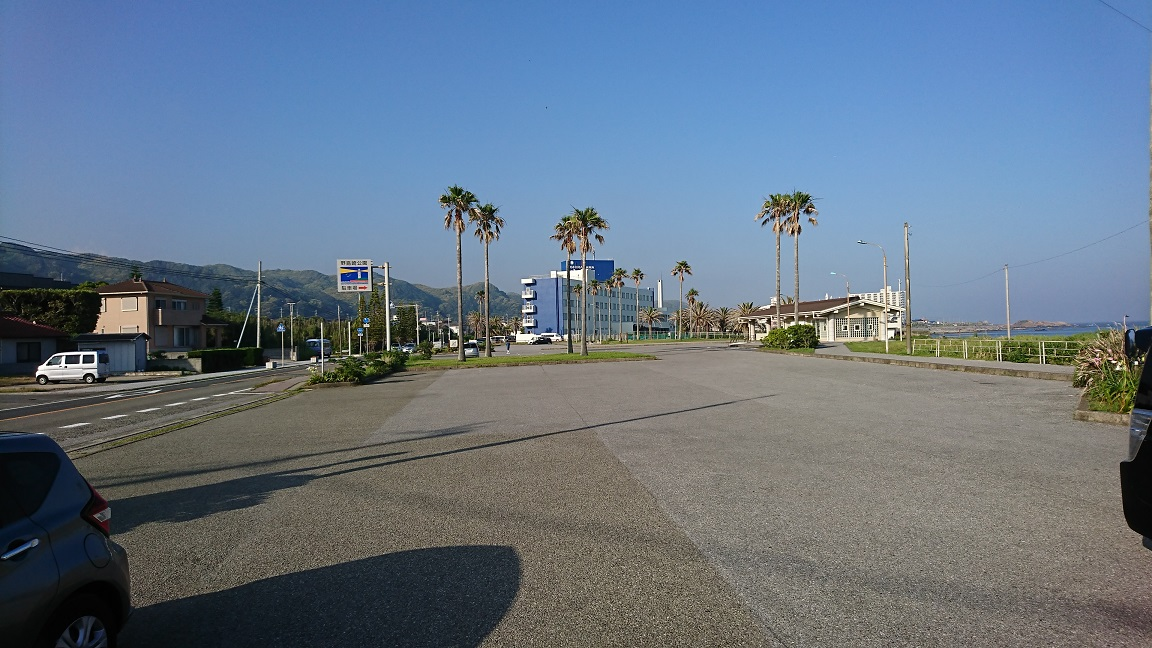 野島崎西港 駐車場02