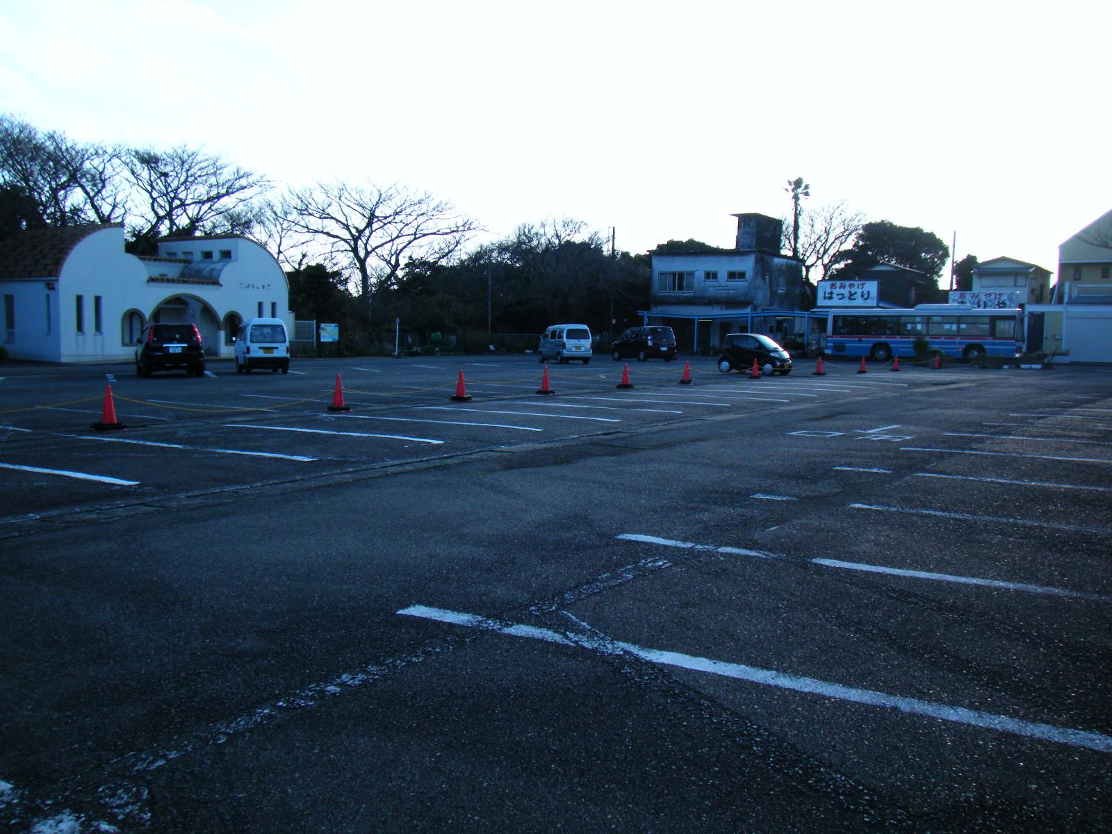 横堀海岸 駐車場