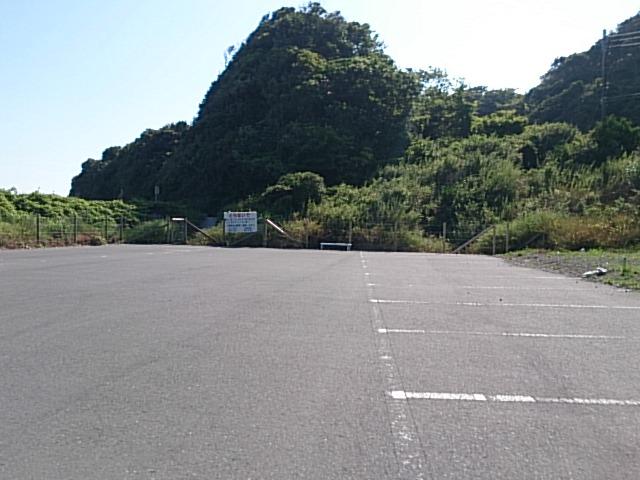 宮川港 駐車場02