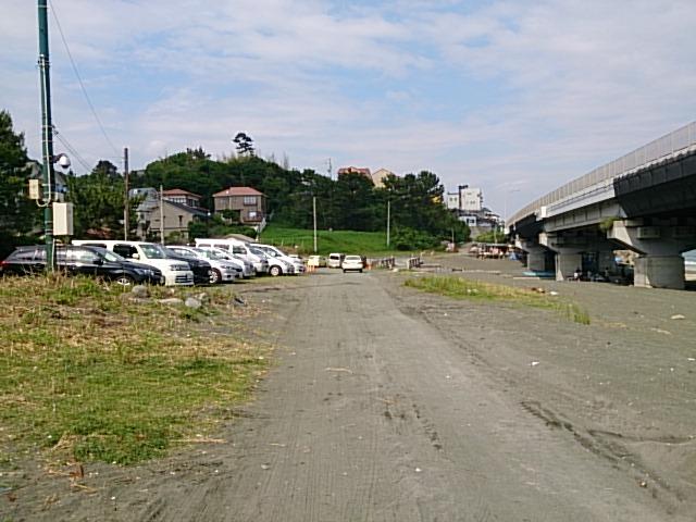 梅沢海岸 駐車場02