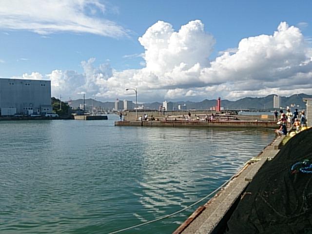 鴨川漁港01
