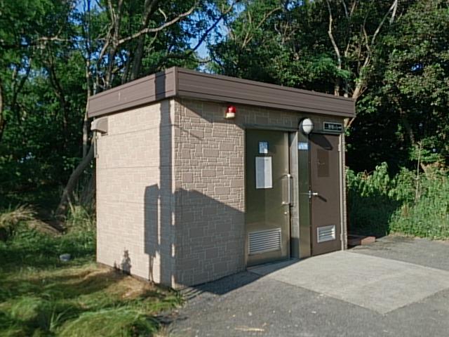 西海岸第一突堤トイレ02