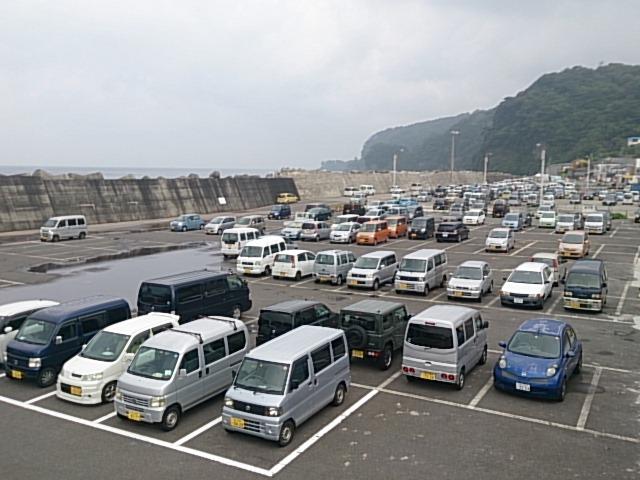 大島 岡田港 駐車場