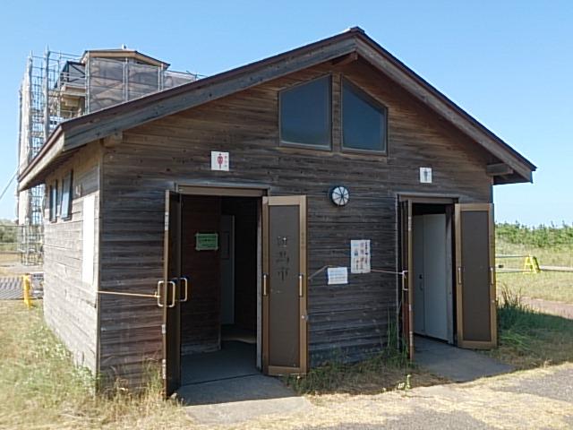 新潟南浜船溜まりトイレ