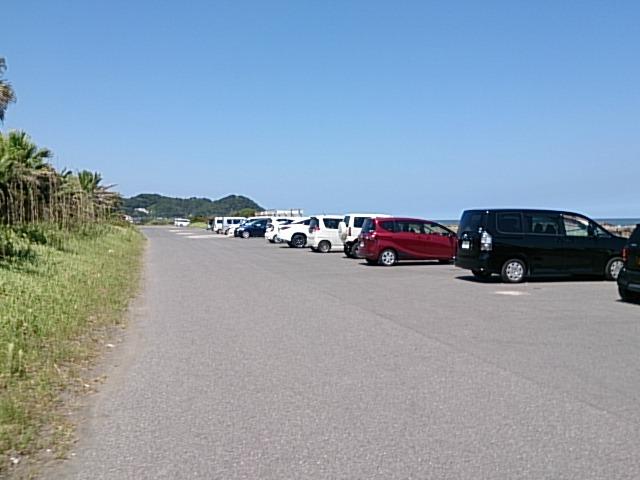 夷隅川河口 駐車場02