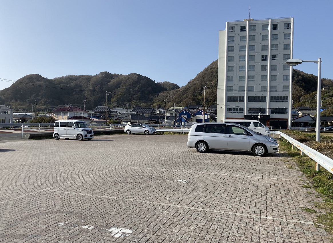 塩浦海水浴場駐車場