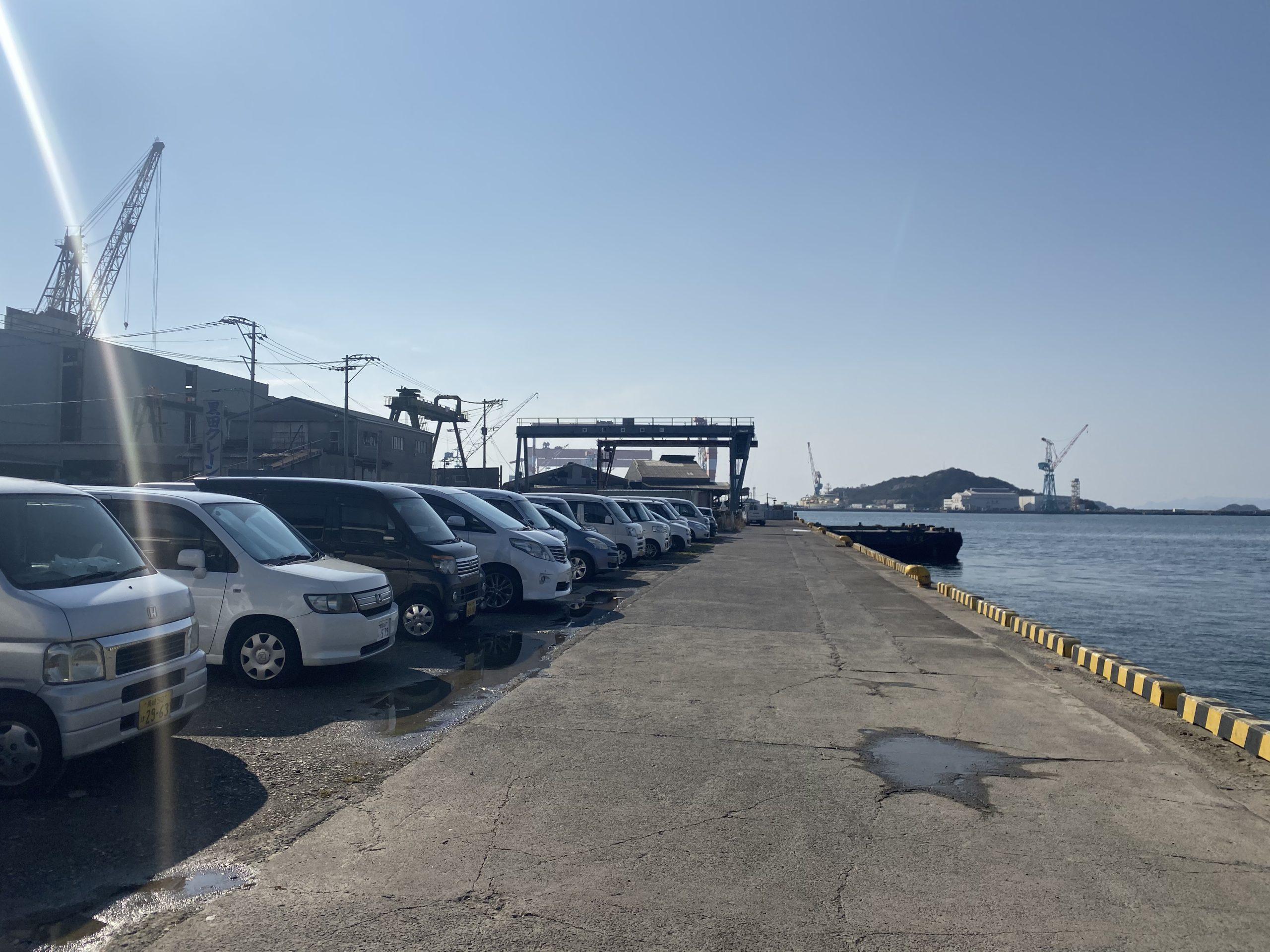 大洋食品前護岸駐車場