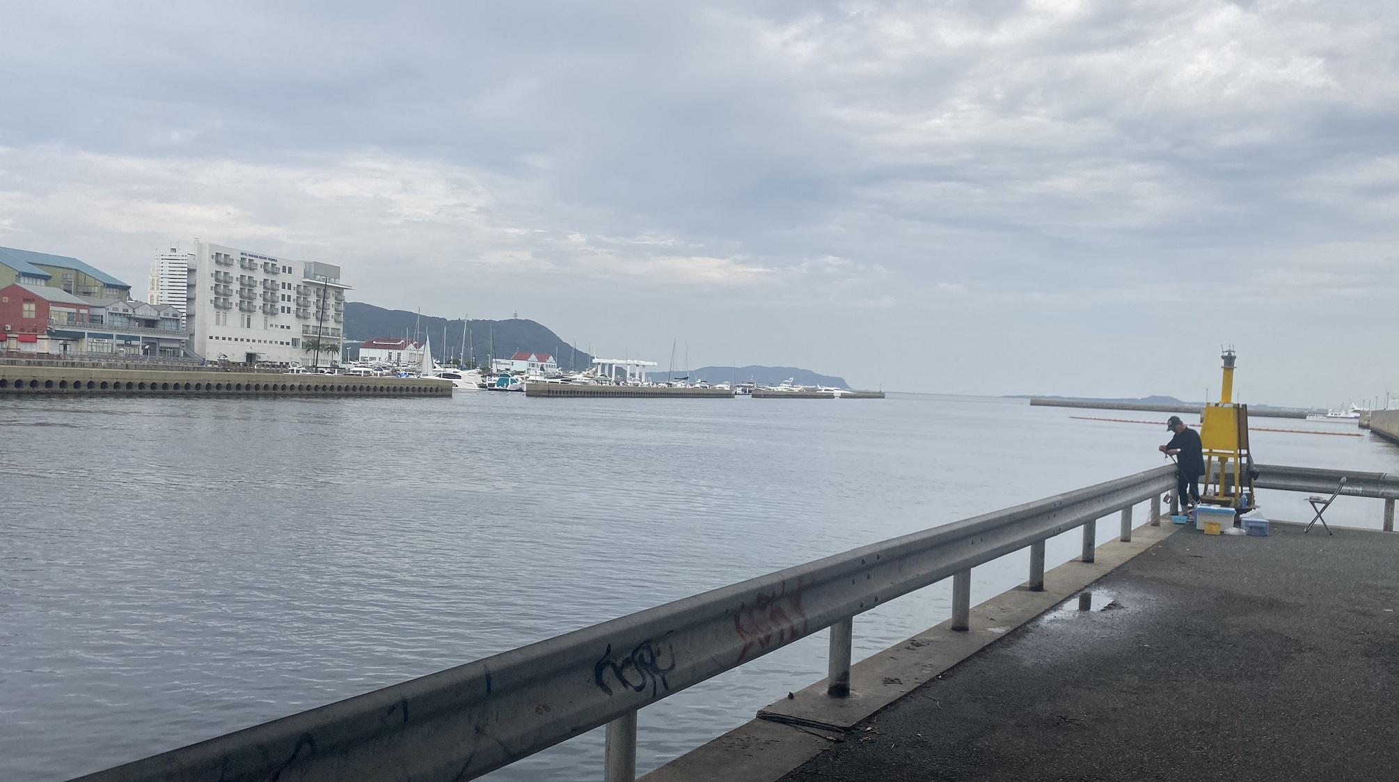 姪浜港マリナ大橋下02