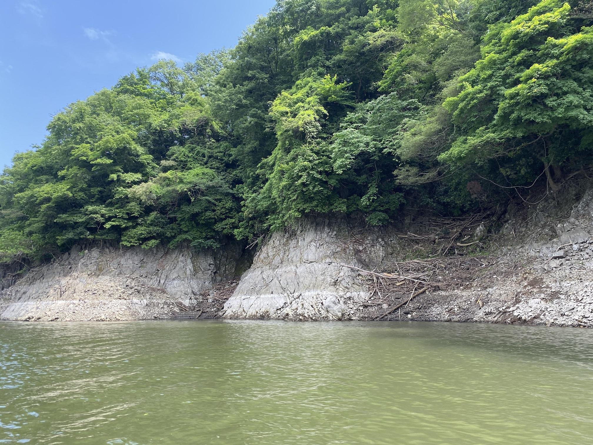 津久井湖 4番岬 ポイント