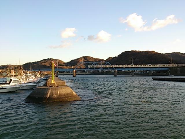 千葉県の釣りスポットガイド 上総湊港