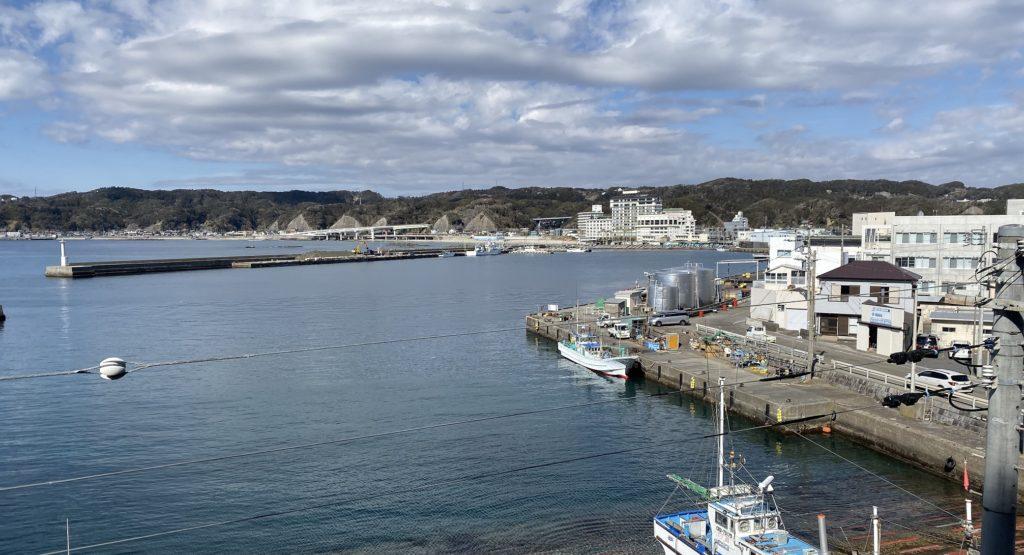 千葉県の釣りスポットガイド 勝浦港